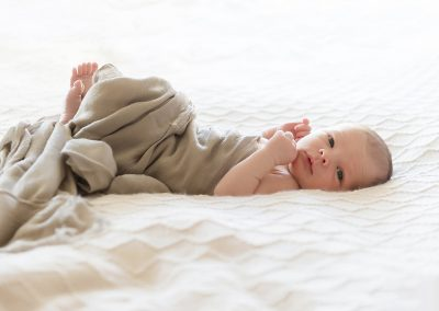 Natural_Newborn_Photos_0103