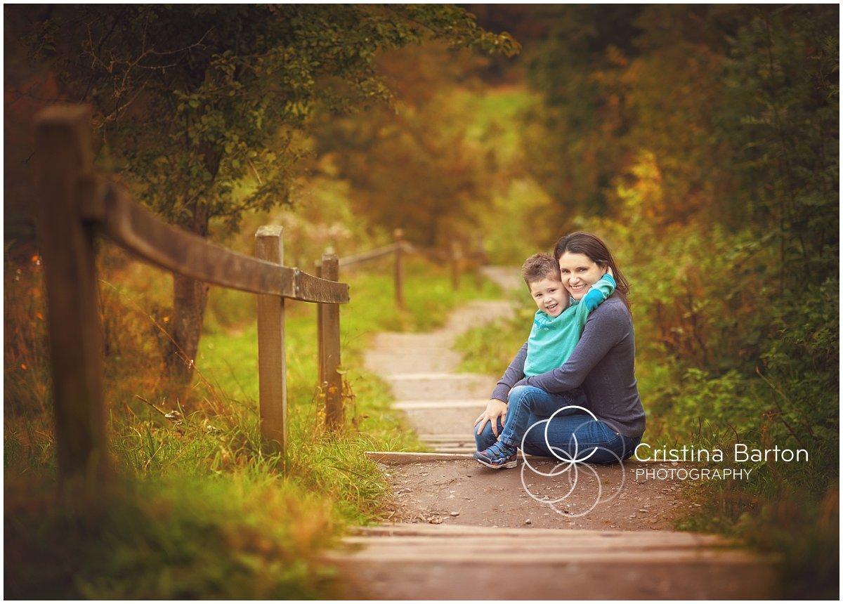 autumn family photoshoot winchester