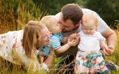 A natural family portrait – Family Photography in Newbury